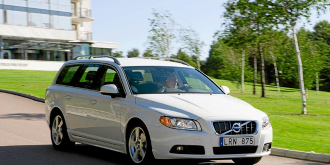 CAV 0911 Zugfahrzeuge perfektes Auto - Kombi - Volvo V70