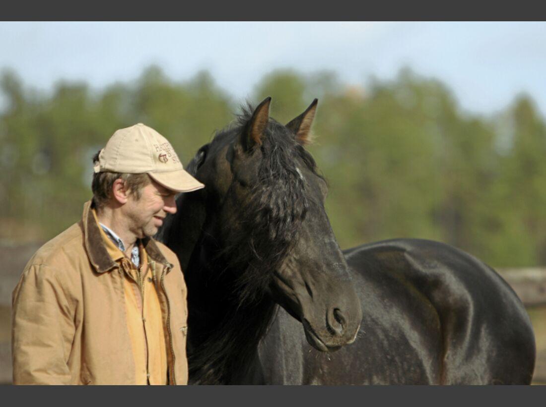 CAV Ernst-Peter Frey Sugarman Horsemanship 01