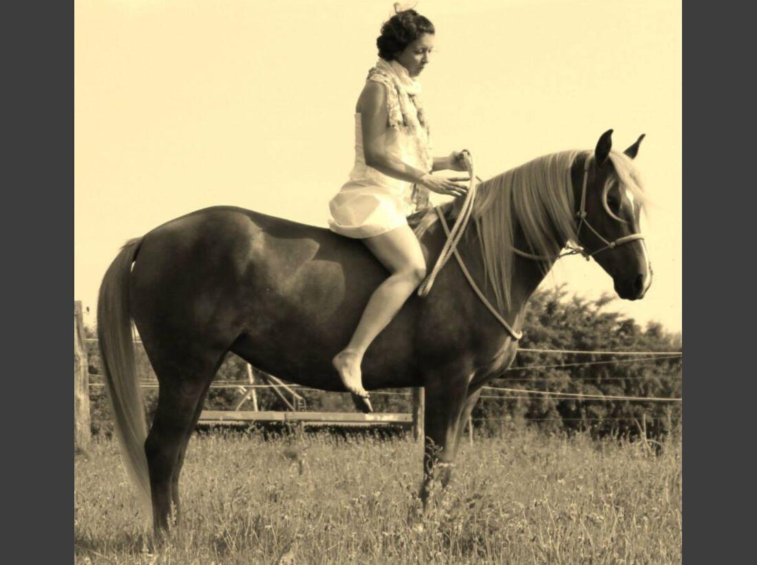 CAV-Fan-Pferde-Leseraktion-2013-Naomi (PNG)