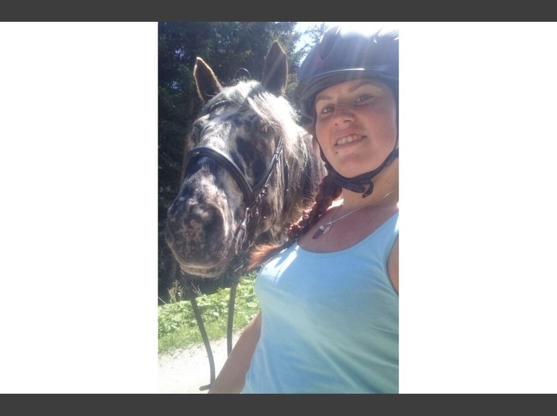 CAV Leserfotos Selfie Pferde Laura Zürcher