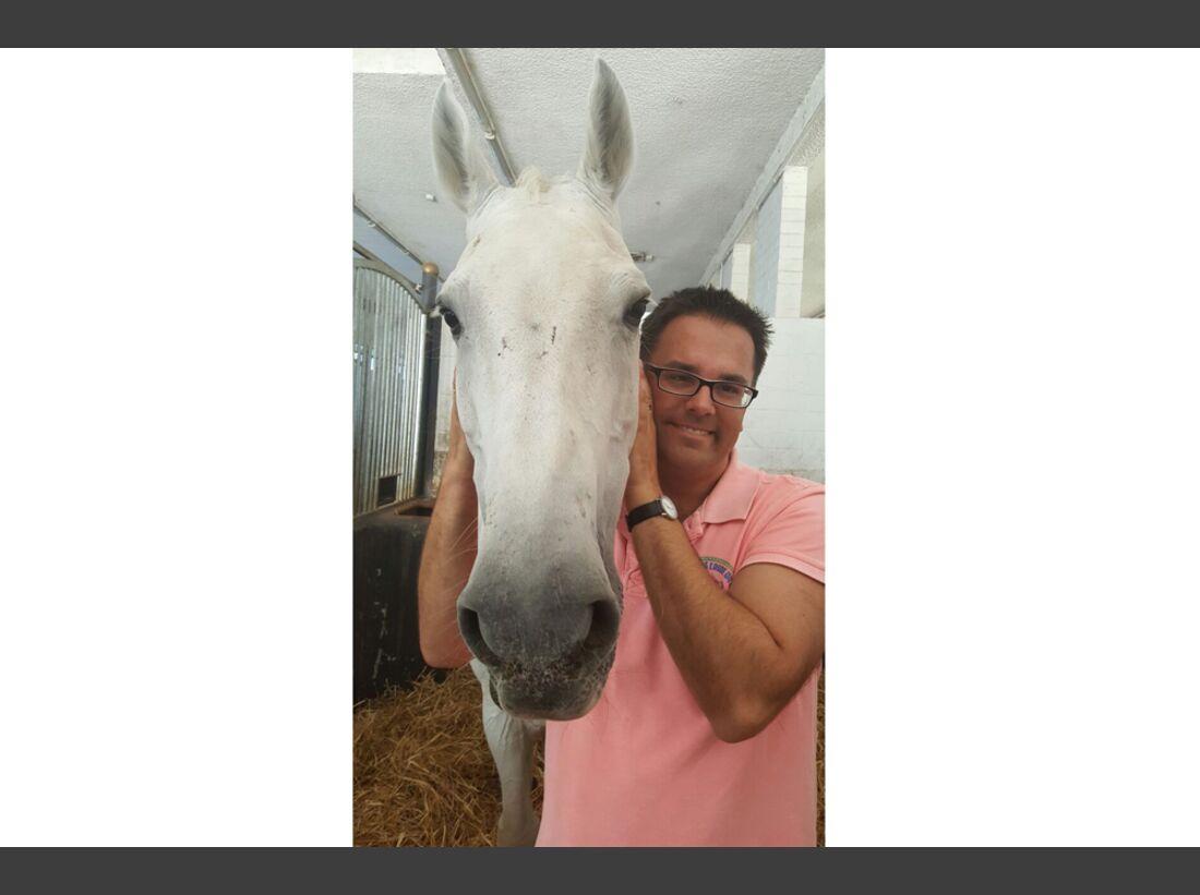 CAV Männer lieben Pferde Simon Serio