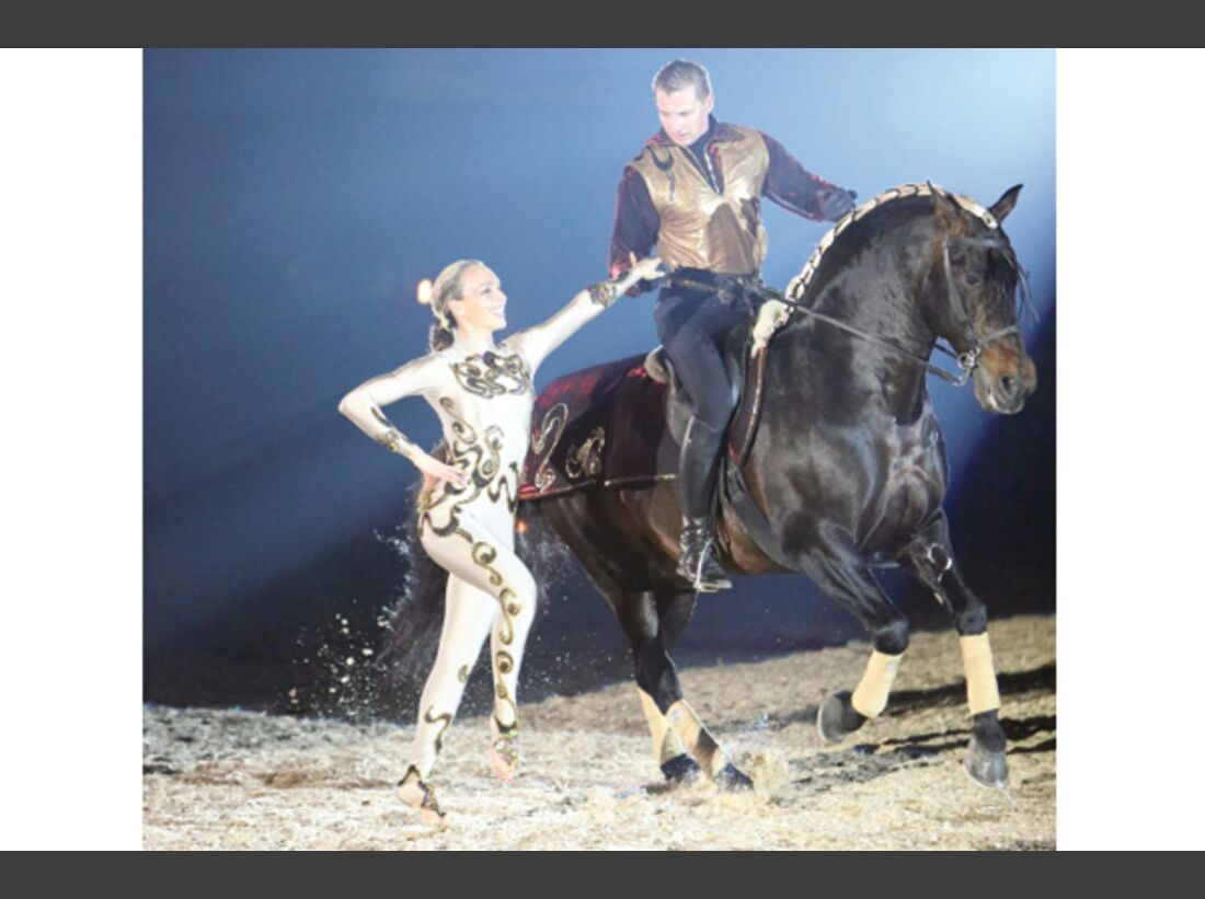 CAV Oliver Jubin Tanzende Beine Show 18