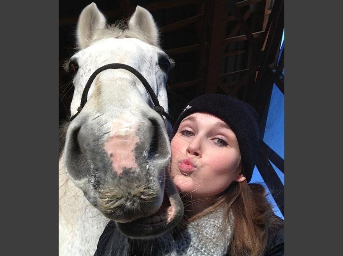 CAV-Pferde-Selfie-Leseraktion-2014-Samantha-Klein (jpg)