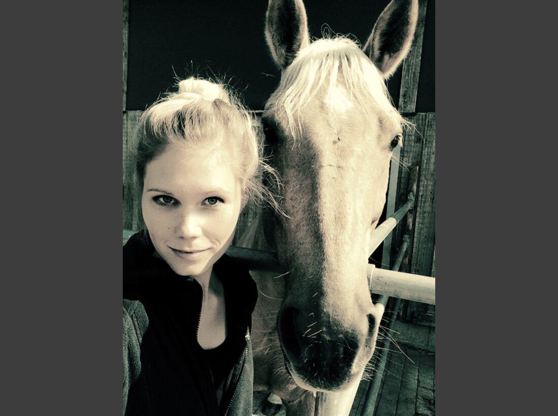 CAV-Pferde-Selfie-Leseraktion-2014-Sarah-Riegg (jpg)