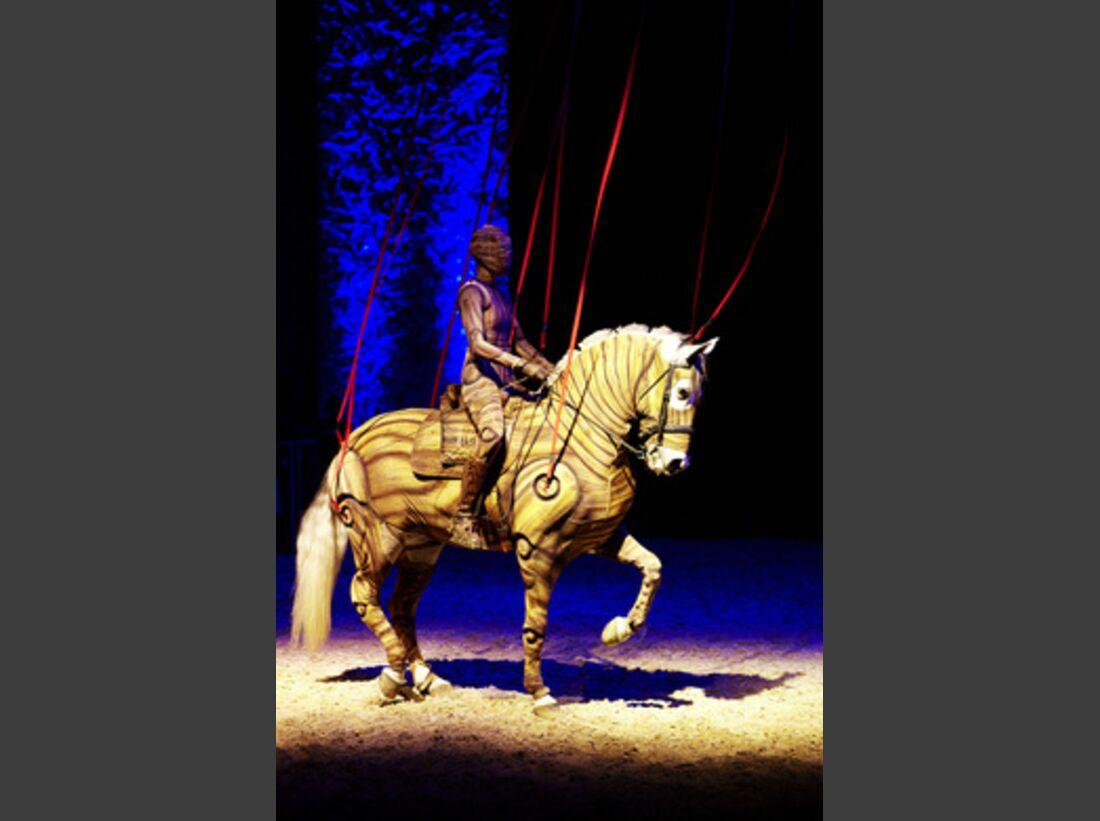 CAV Pferde-Show André Heller Magnifico 03