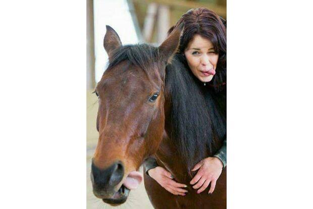 CAV Pferdezungen Linda Krämer