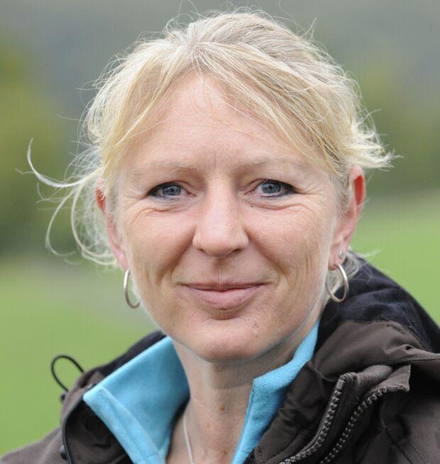 CAV Porträt Irene Boos Connected Riding